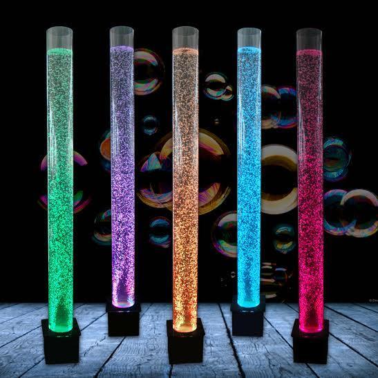 Colonne d eau a bulle      Base en acrylique noir,dimension:78.75 po de haut x 6 po de diamètre avec télécommande pour jeux de lumiere.Prix $499