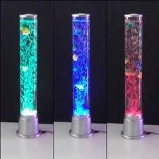 Mini cylindre d eau a bulle    Se fait en 2 formats 60 cm de haut x 8 cm de diamètre.Prix $70 ou 100 cm de haut x 8 cm de diamètre.Prix $90