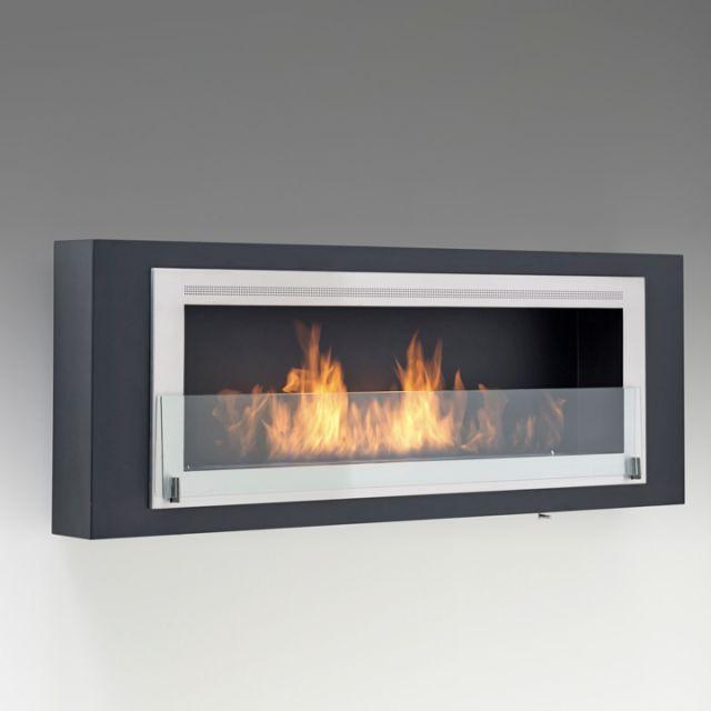 Foyer Santa Cruz   Dim:63 po long x 22.75 po haut x 8 po profond avec brûleur de 3.65 L se fait en noir et stainless Prix:$2990 ou blanc lustré et stainless.Prix:$3490